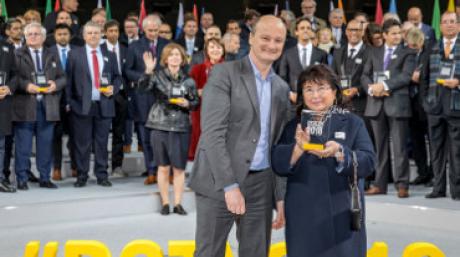 Рено Центр Кемерово – лучший дилер 2018 в России!