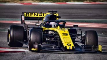 Компания Renault меняет двигатели гоночных автомобилей на Гран-при в Бельгии