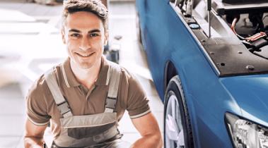Выгодный сервис от Renault: -20% на работу и -10% на запчасти! 5000 баллов при первом визите!